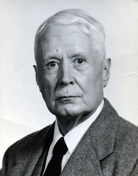Philip-hazen-CHASE-in-suit-and-tie-circa-1960