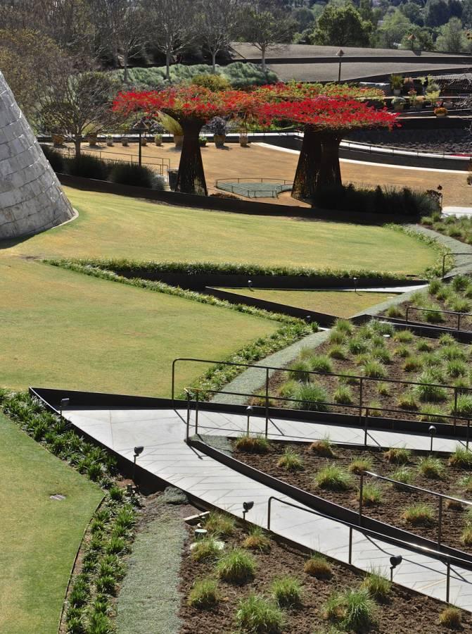 Robert irwin's garden design at the Getty Center in Los Angeles 0528